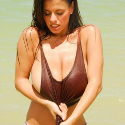 Cerita Sex Hot Anak Tukang Pijit